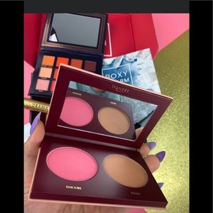 Other - Wander duo blush and bronzer